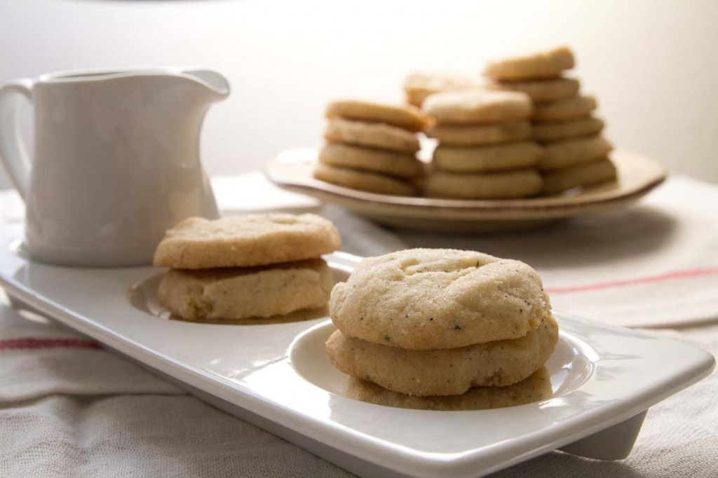 Cardamom Semolina Shortbread Cookies by Indiaphile.info