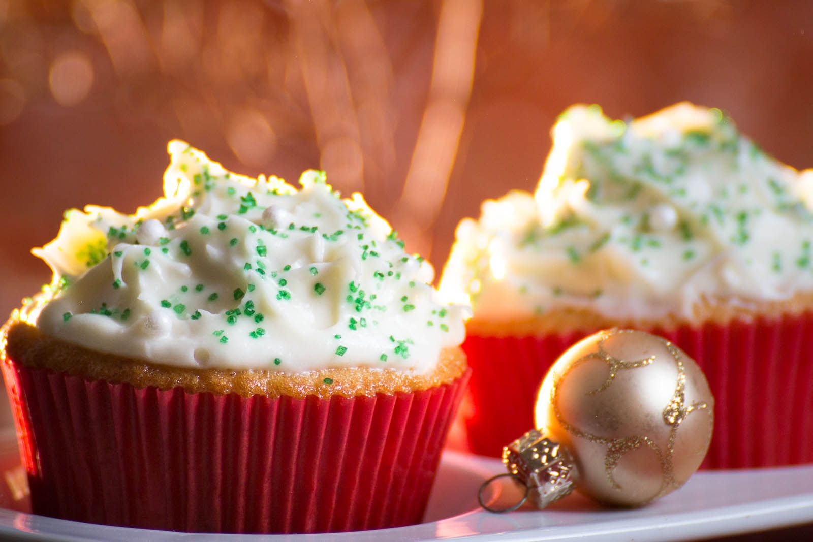 Ginger Cupcakes with Chai Cream Filling
