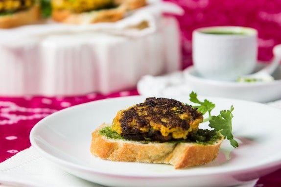 Cauliflower Patties (Tikki) with Cilantro Pea Chutney by Indiaphile.info