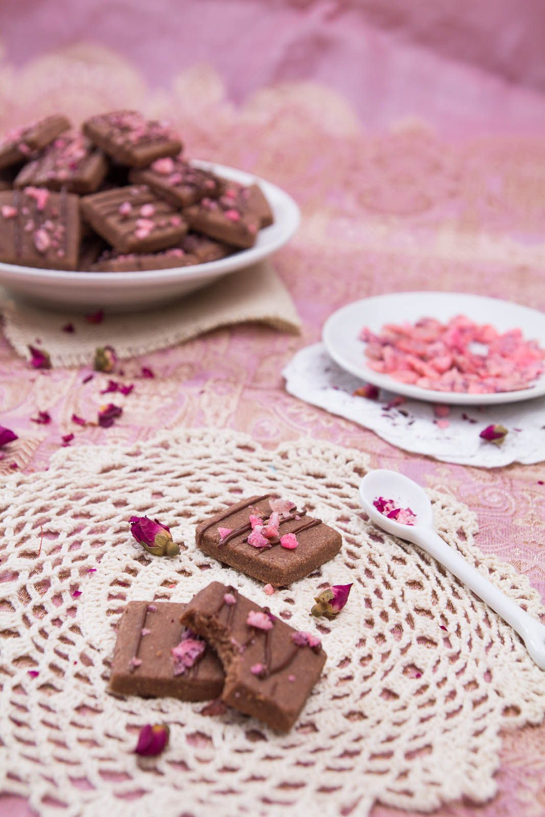 ... Shortbread With White Chocolate And Rose Petals Recipes — Dishmaps