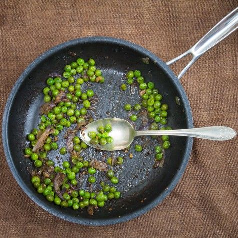 Simple Pea Saute (Vatana nu Shaak). Recipe by Indiaphile.info