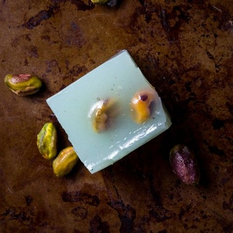 Pistachio Halwa recipe by Indiaphile.info