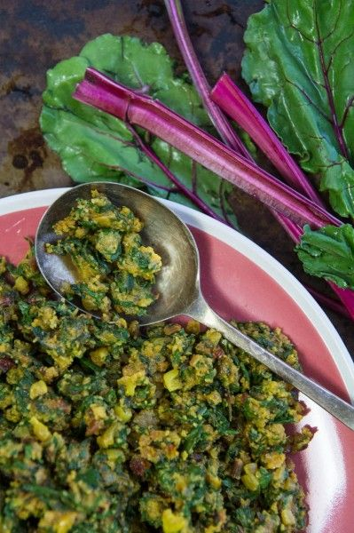 Beetroot Greens and Semolina Shaak recipe by Indiaphile.info