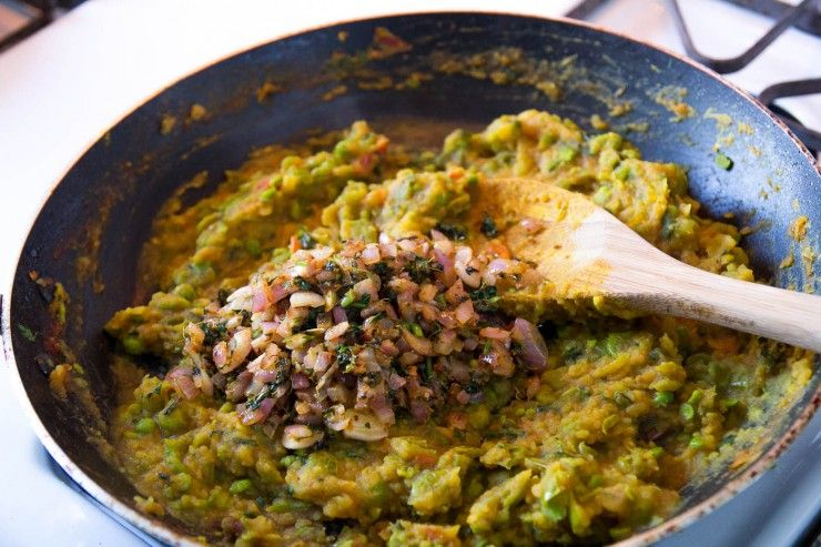 Pav Bhaji recipe by Indiaphile.info